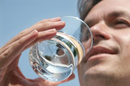 drink-water-kidneys