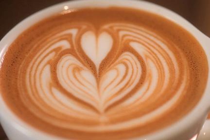 latte-caffeine-6-8