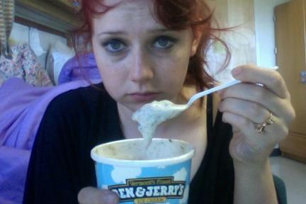 eat-ice-cream-wp
