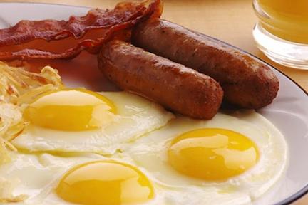 breakfast-greasy-eggs-wp