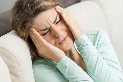 migraine-woman-wp