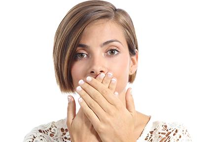 bad breath woman-wp
