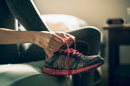 lace-up-sneakers-wp