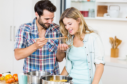 tasting-while-cooking-wp
