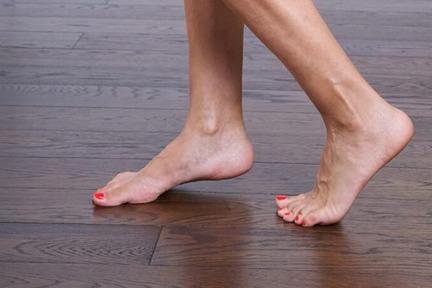 walk-barefoot2-wp