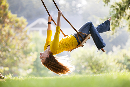 woman-swinging-wp