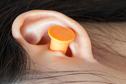 earplugs-to-sleep-wp