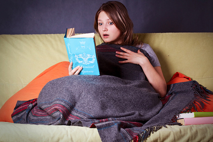 wool-blanket-cozy-book-wp