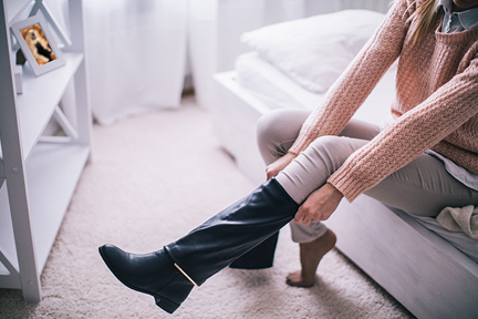 stinky-feet-winter-wp
