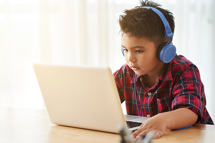 child-headphones-wp