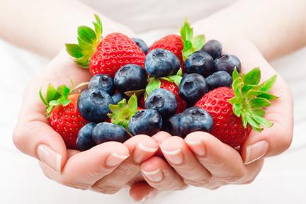 blueberries-strawberries-wp