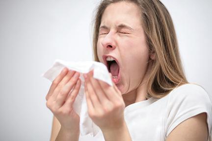 sneezing-eyes-open-wp