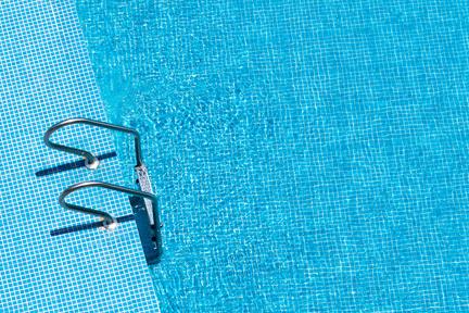 gross-pools-wp